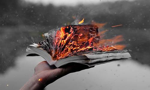 paranoia-terhadap-buku