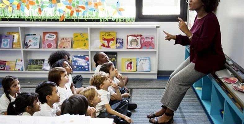 Britannica Escola libera cronograma de cursos gratuitos para educadores