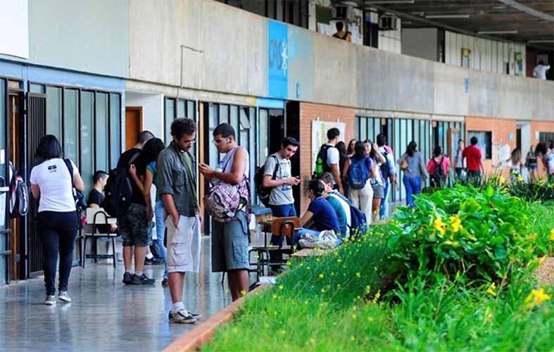educadores-podem-ter-acesso-a-cursos-gratuitos-ofertados-pela-britannica-escola.jpg
