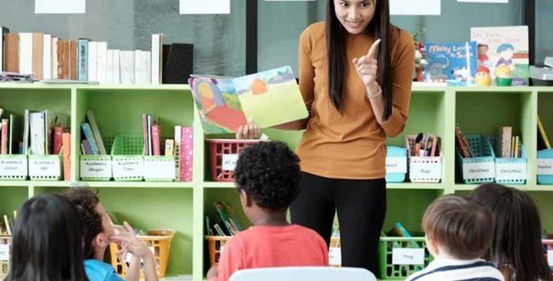 Educadores podem ter acesso a cursos online e gratuitos