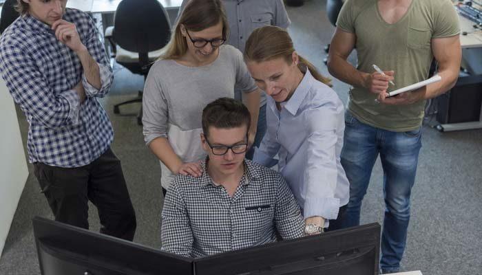 Seis cursos gratuitos online com foco em profissionais de TI
